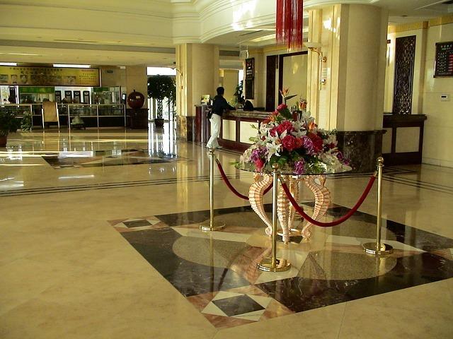 Jak zostać zastępcą kierownika recepcji w hotelu ?