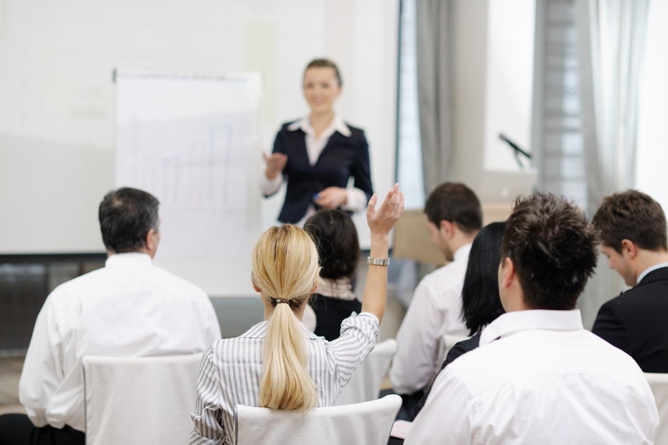 Czy warto brać udział w branżowych szkoleniach?